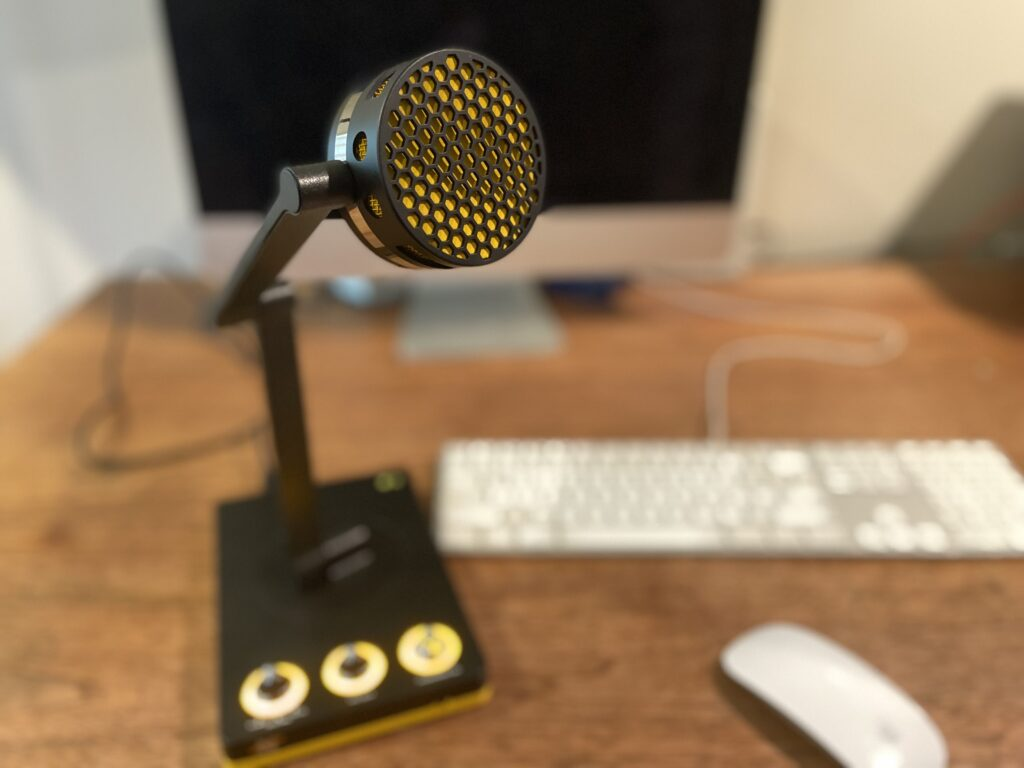 Front view of the Bumblebee Microphone